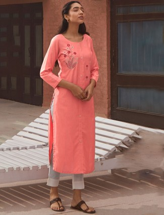 Pink cotton kurti for casual look