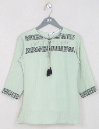 Pista green cotton casual top for women in solid style
