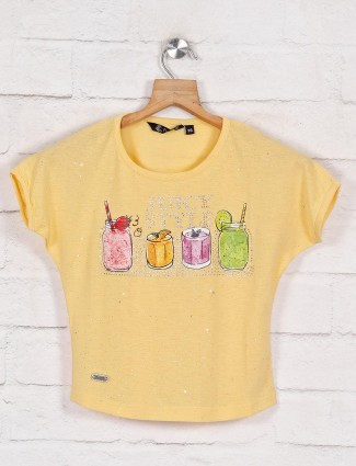 Printed cotton top for girls in yellow