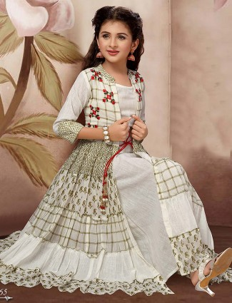Printed white color cotton fabric gown