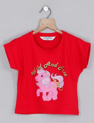Red printed cotton top for casual outings