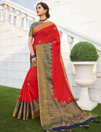 Red saree in handloom cotton fabric
