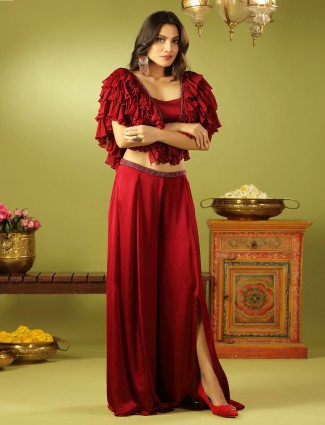 Red shade adorable solid palazzo set in satin with raffle sleeve