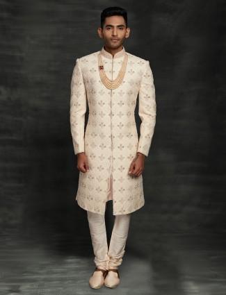 Refined lakhnavi thread woven silk sherwani in beige