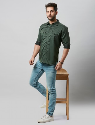 River Blue solid style green shirt