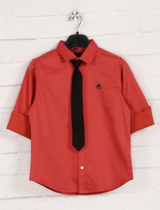 Ruff solid red cotton casual shirt