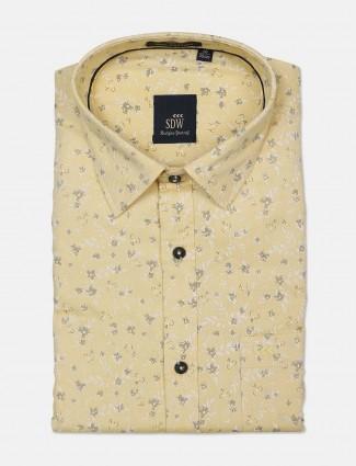 SDW yellow printed cotton cut away collar shirt