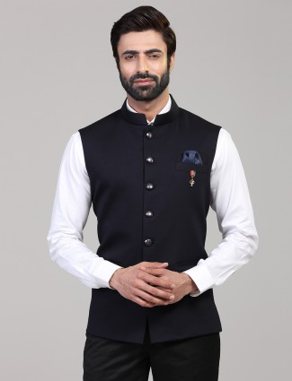 Solid navy knitted waistcoat for men