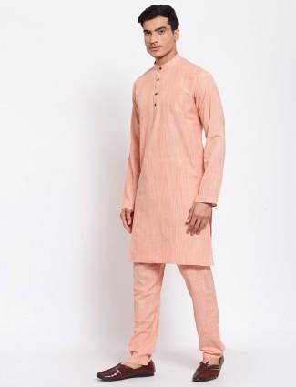 Solid style peach hue cotton kurta set for men