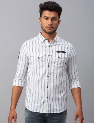 Spykar white patch pocket casual stripe shirt