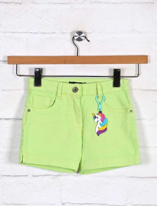 Stilomoda presented solid green shorts