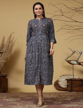 Stuning grey cotton casual occasions printed kurti