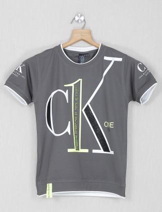 Sturd grey cotton printed t-shirt for boys