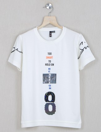 Sturd white tint cotton casual t-shirt for boys