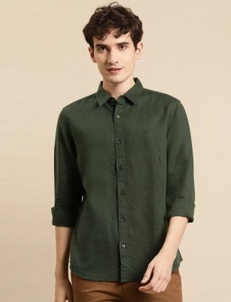 UCB green tint casual shirt to style