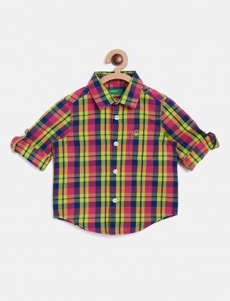 United Colors of Benetton navy and light green shirt