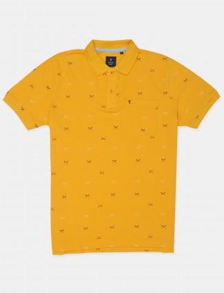 Van Hausen yellow tint printed t-shirt for men