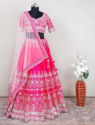Wedding wear magenta hue lehenga choli for womens