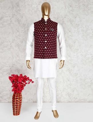 White and maroon jute waistcoat set