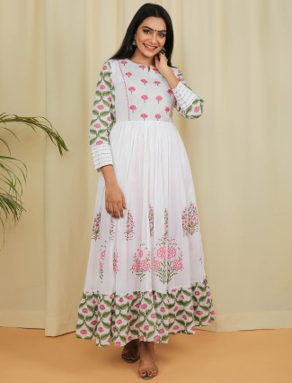 White printed cotton kurti for casual day outing