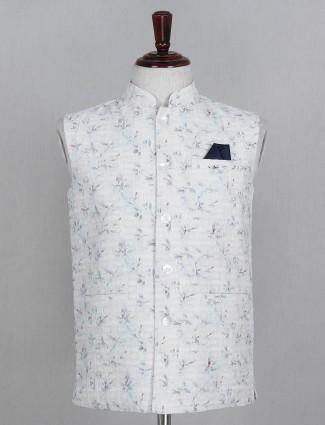White textured cotton mens waistcoat