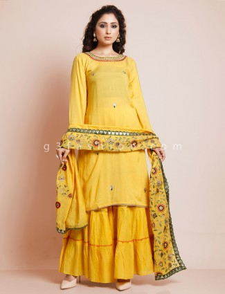 Yellow cotton punjabi style salwar kameez