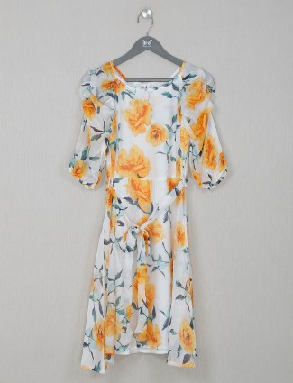 Yellow cotton printed top for casual wear