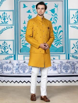 Yellow mens waistcoat set in cotton silk