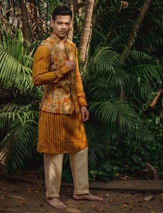 Yellow printed cotton mens silk waistcoat set