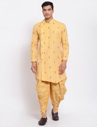 Yellow thread detailed kurta suit in cotton silk