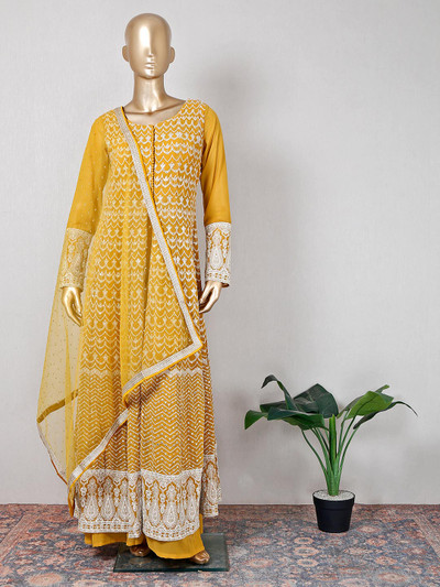 Mustard yellow palazzo suit for reception session