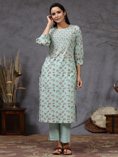 Pista green cotton printed pant suit for causal wear