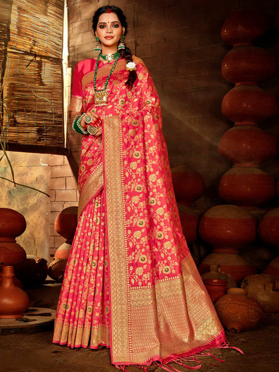 Royal banarasi silk saree in magenta color