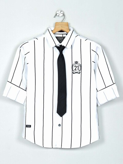Ruff stripe stripe maroon cotton shirt