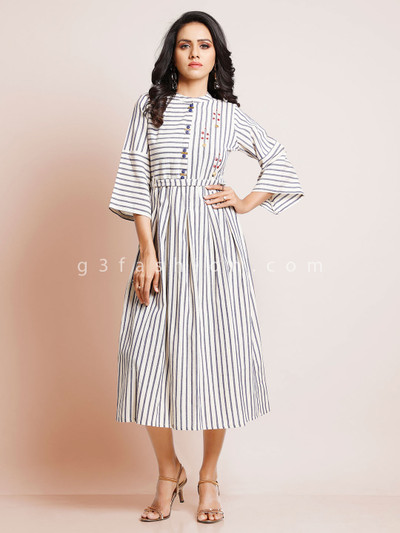 Striped white and grey kurti for casual look