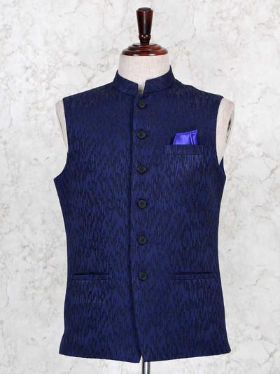 Textured navy waistcoat in raw silk