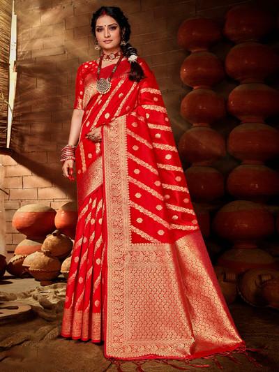 Wedding wear red colored banarasi silk saree