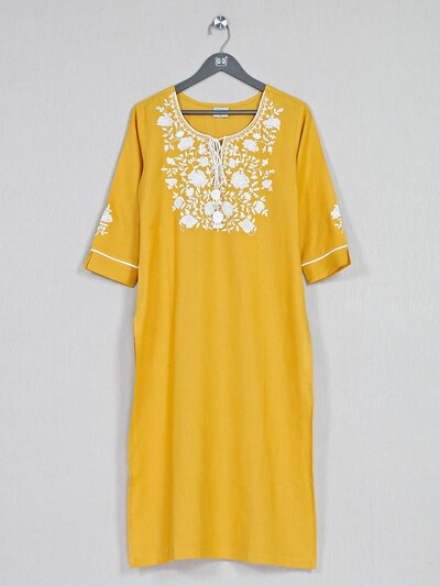Yellow cotton kurti for casual look